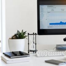 全球PC出货量在2021年第一季度增长了55%