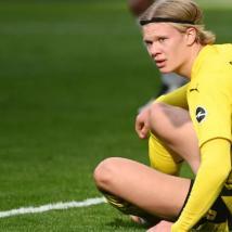 曼联不愿进入埃尔灵布劳特哈兰德转会传奇