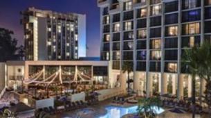 纽波特海滩万豪酒店以2.16亿美元交易