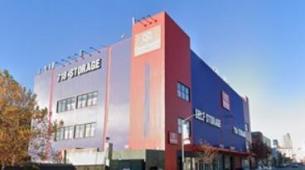 CubeSmart达成了价值5.4亿美元的纽约市自助仓储交易