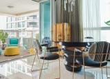 HalfArcHouse位于南孟买最繁华的摩天大楼之一