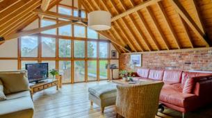II级列出的谷仓改建项目内在Broadland村以700000英镑出售