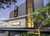 西澳州的HIA年度之家拥有六车位车库和步入式酒窖