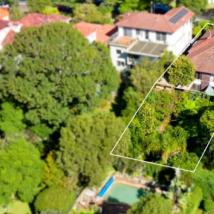 购房者在拍卖中支付高达600万美元只是为了推翻旧房