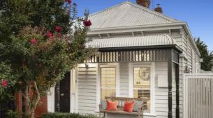 斯蒂尔西德博顿出售翻修过的基尤小屋