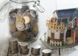年长的房主通常会向年轻买家赠送4.25万英镑