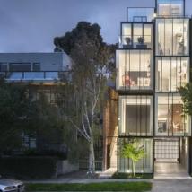 混合用途住宅五层高的圣基尔达多代杰作建在小街区上出售