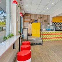 有机会在阿德莱德市中心开设复古小餐馆风格的咖啡馆或餐厅