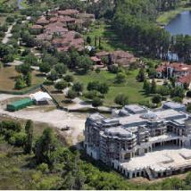 南佛罗里达州的豪宅买家瞄准超大尺寸