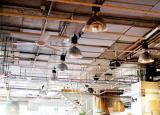 餐馆和咖啡馆是照明成本最高的中小企业