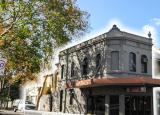 著名的萨里山吸引了新南威尔士州市场的注意力