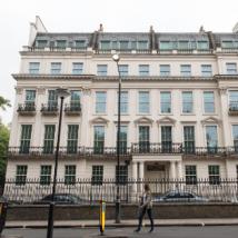 英国有史以来最昂贵的房屋销售将很快开始翻新