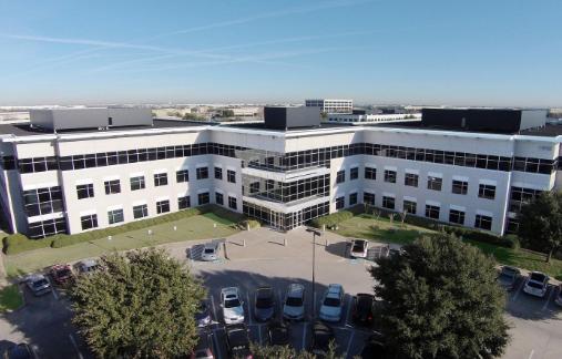 抵押贷款公司正在扩大业务搬到欧文更大的办公室