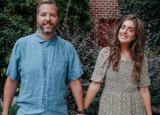 Chris的朱莉娅马库姆喜欢朱莉娅与Lowe's设计趋势和DIY合作的会谈