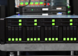 QSAN XCubeFAS 3126D全闪存阵列评测