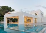 大约500万美元在世界各地购买住宅房地产